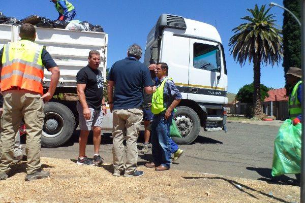 Fichardtpark garbage removal (9)